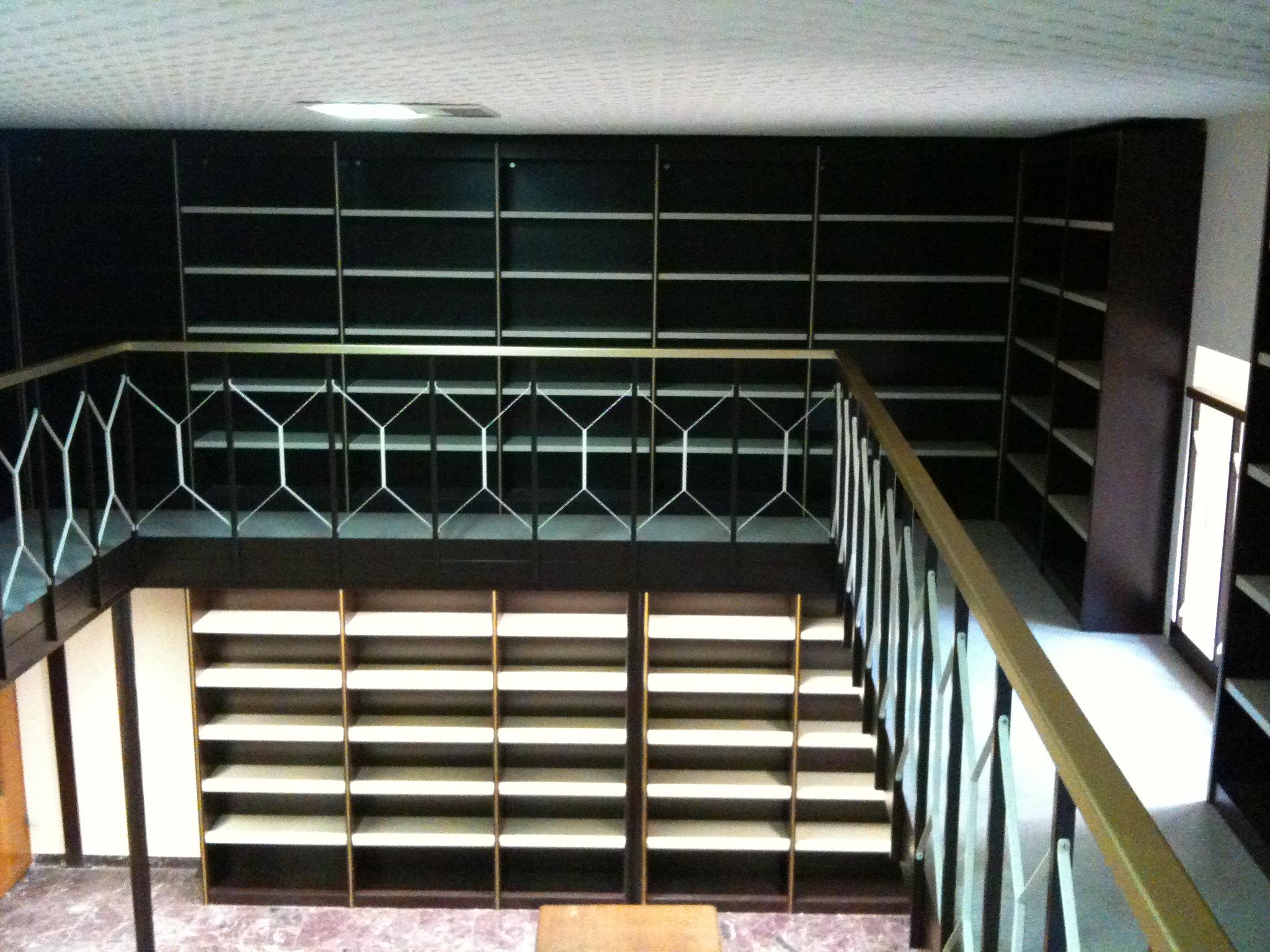Locali atti all'ampliamento biblioteca