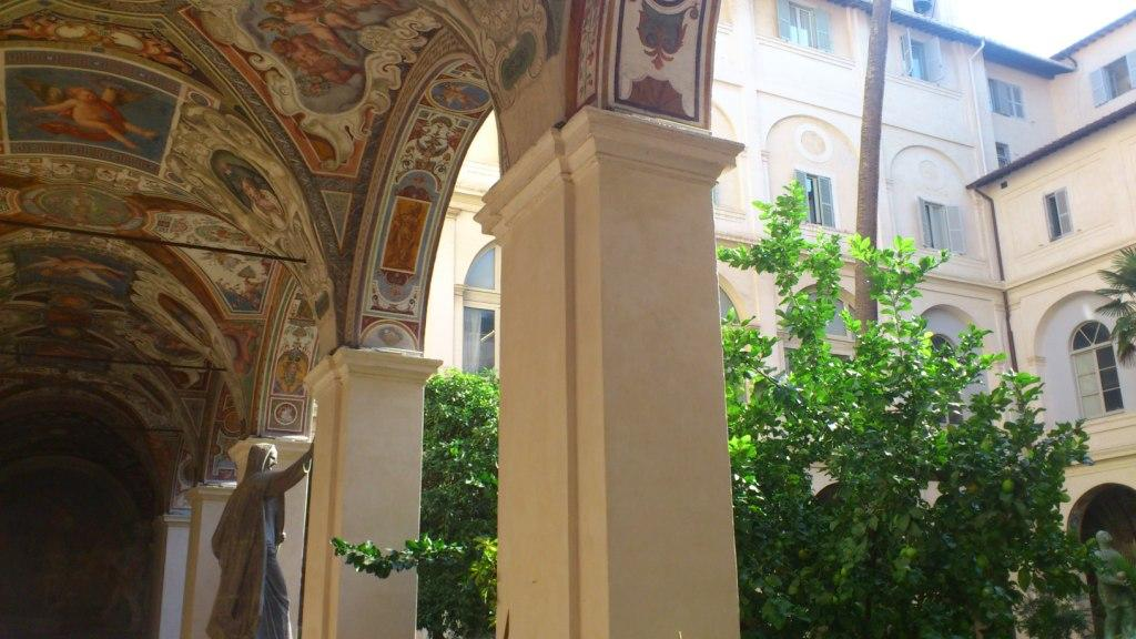 Sede della biblioteca - ingresso