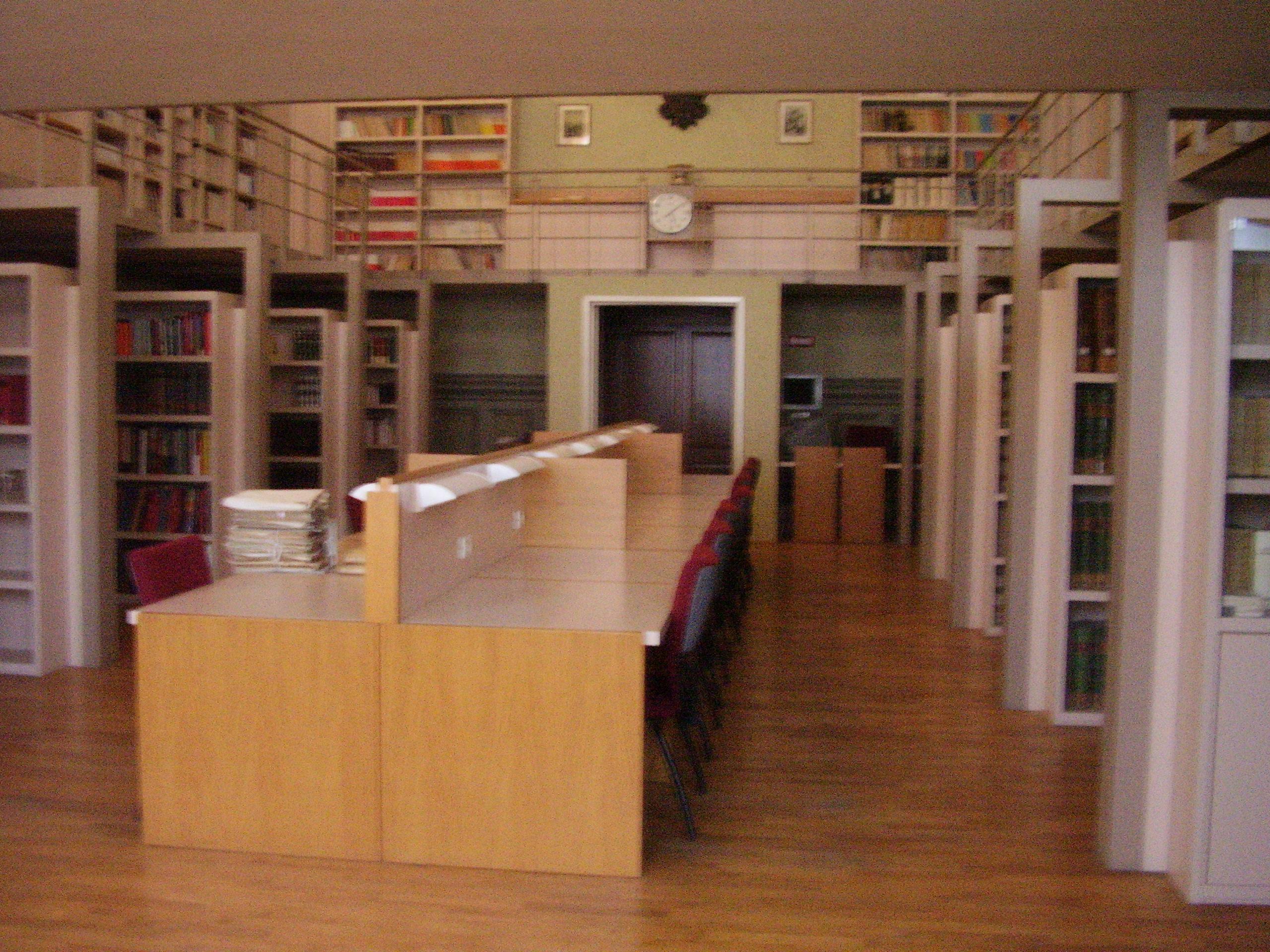 Sala lettura e consultazione