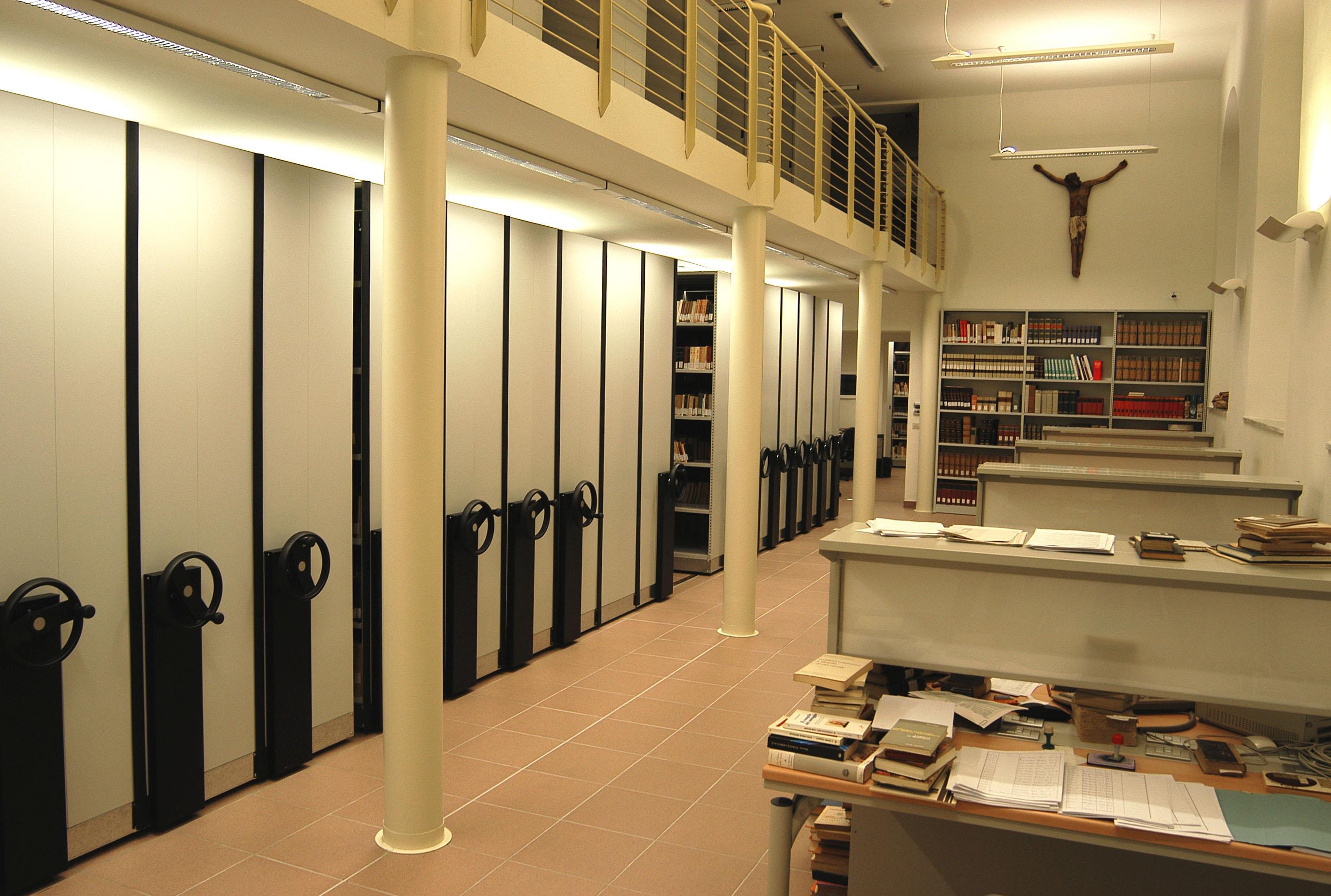 Sala lettura e compact